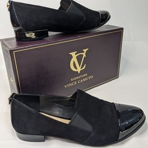 """VINCE CAMUTO SIGNATURE """"DONY"""" Flats. Size 7"""